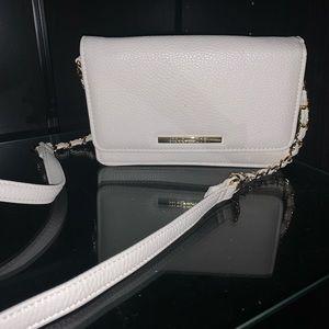 Never used Steve Madden white crossbody purse